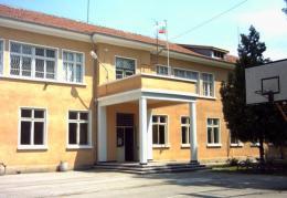 В училище - ОУ Св. Св. Кирил и Методий - Ряхово